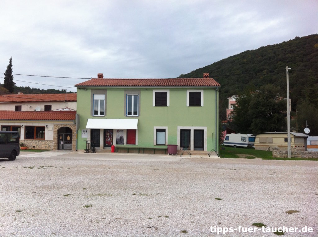 Tauchbasis Krnica Dive in Kroatien